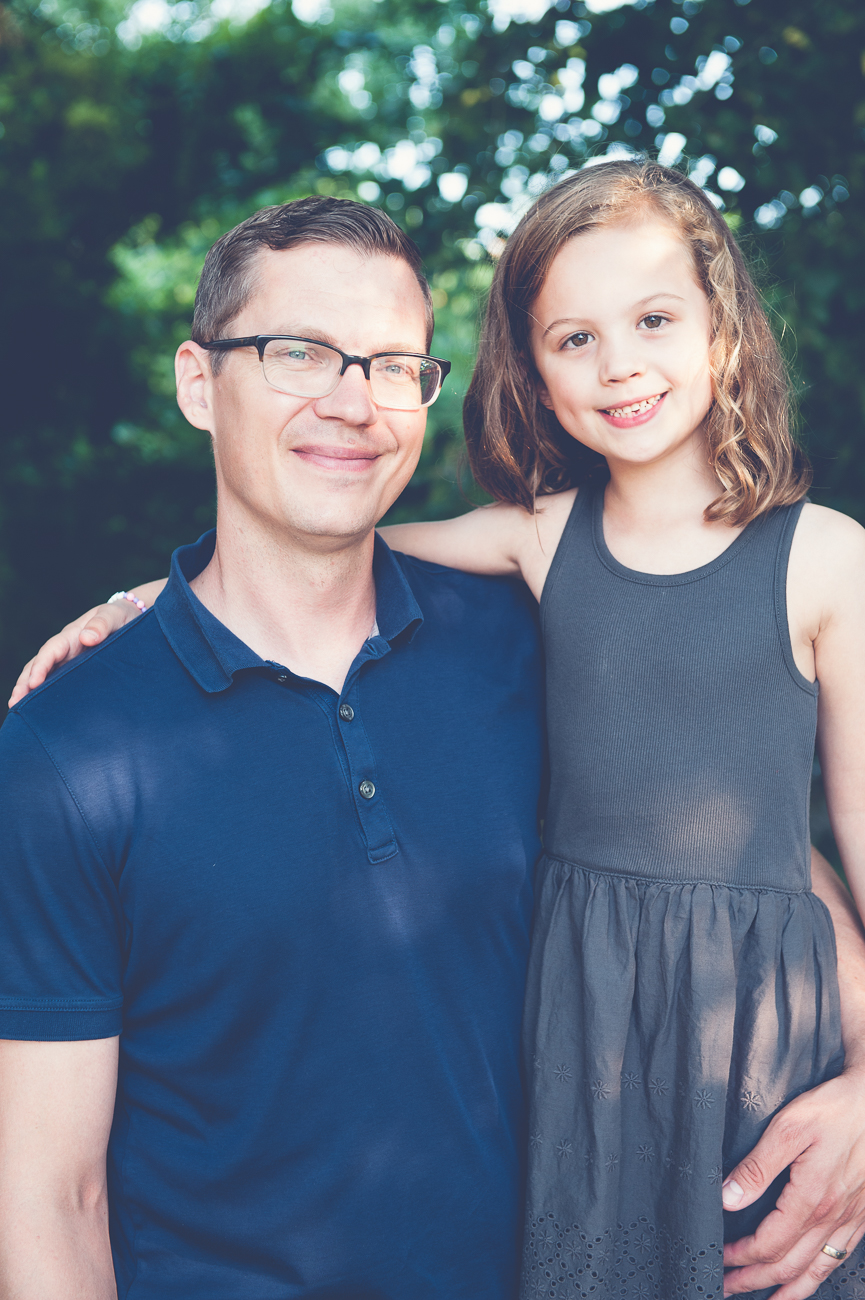 dad and daughter outdoor portrait